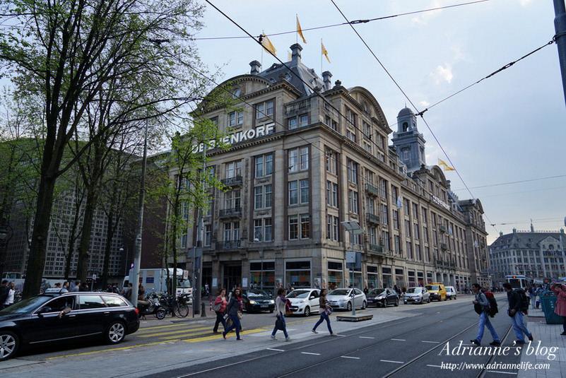 【環遊歐洲68天】Day14-3 阿姆斯特丹Amsterdam。DE BIJENKORF精品百貨