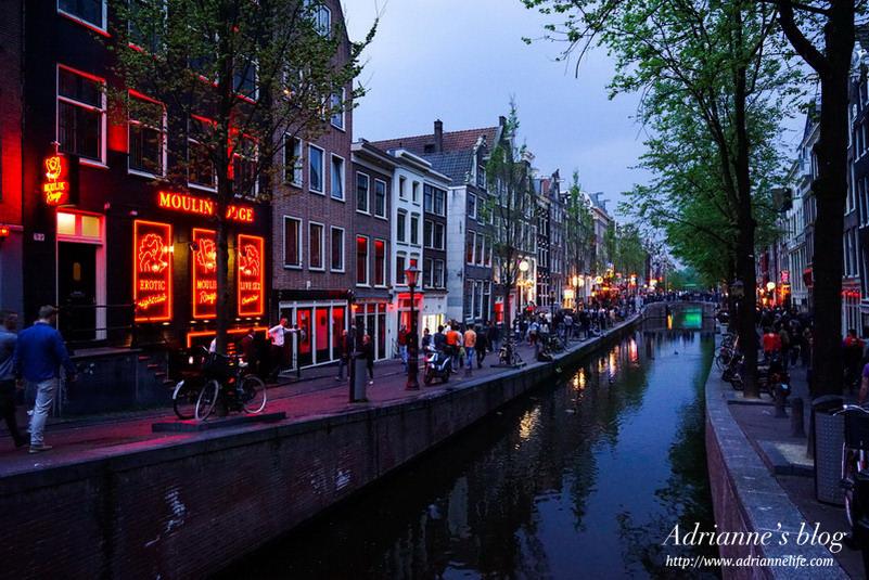 【環遊歐洲68天】Day16-2 阿姆斯特丹紅燈區(Red light District),讓人緊張又臉紅心跳的神秘區!