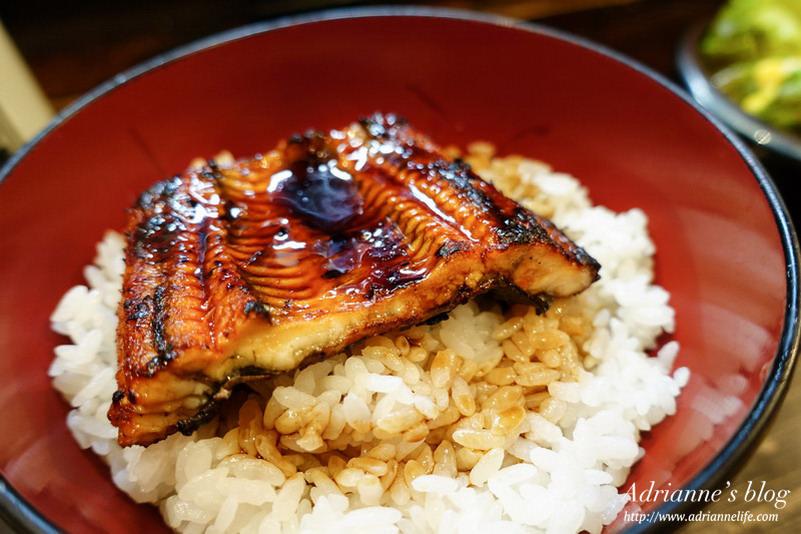 【東京自由行】上野美食。名代 宇奈とと鰻魚飯,500円就可以吃到的平價連鎖鰻魚店!