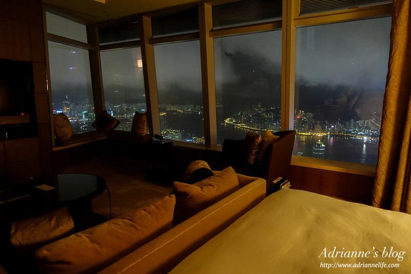 【八訪香港】香港麗思卡爾頓酒店(The Ritz-Carlton, Hong Kong )房型介紹、118樓健身房&景觀泳池介紹!