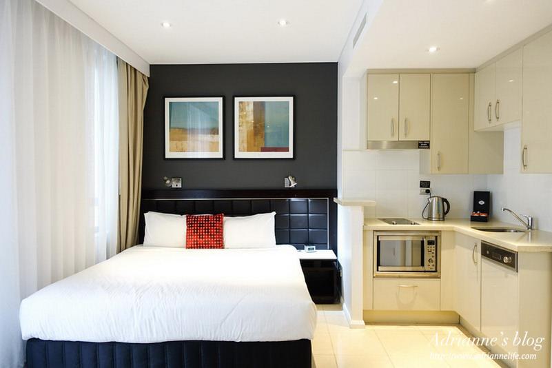 【澳洲雪梨自由行】雪梨住宿推薦!Meriton Serviced Apartments Pitt Street公寓式飯店,中央商業區、離地鐵站一分鐘