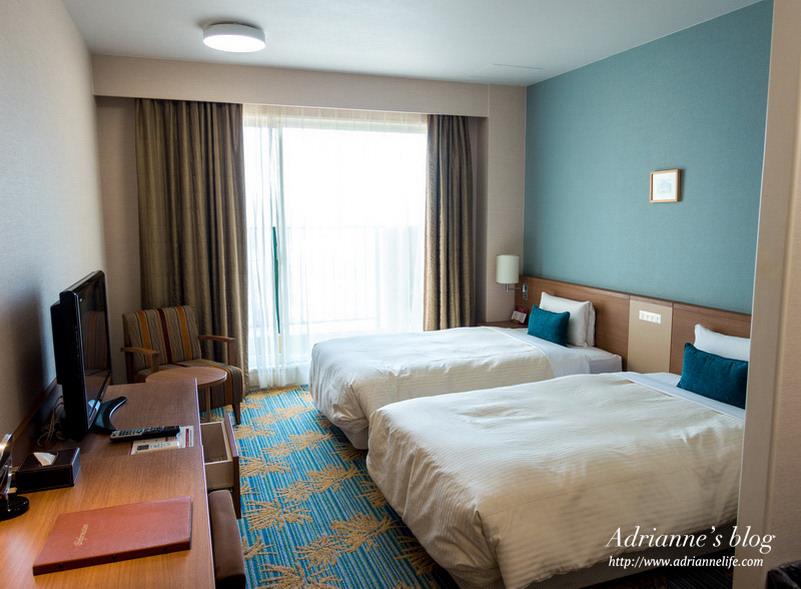 【沖繩住宿推薦】沖繩坎帕納船舶飯店 (Vessel Hotel Campana Okinawa),地理位置超好/美國村1分鐘/飯店外就是沙灘/海景飯店