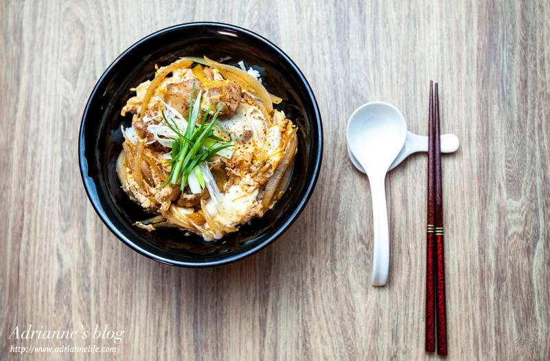 【一次上手食譜】簡單十分鐘做出美味日式親子丼,大人小孩都愛吃!