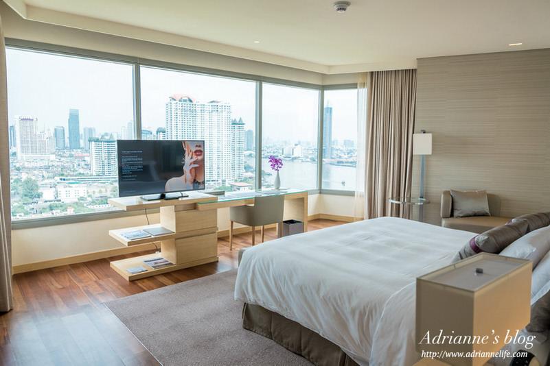 【曼谷飯店推薦】2016新開幕的五星級曼谷AVANI河畔飯店 (AVANI Riverside Bangkok Hotel) ,河景套房與環境介紹!(房型寬敞/視野絕佳/泳池健身房24小時/無邊際泳池/高空酒吧)