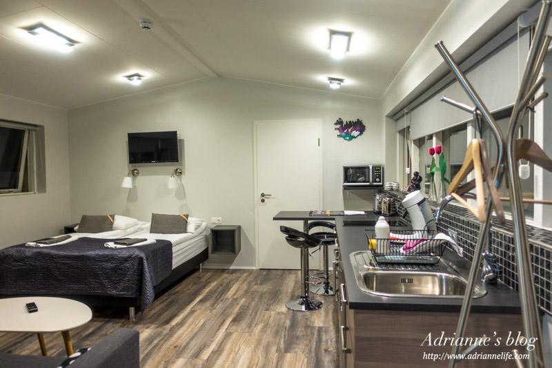 【冰島飯店推薦】Day5-3 斯基亞博格公寓 (Skýjaborg Apartments)房間寬敞/設備齊全/採光很好/樓下有餐廳方便用餐