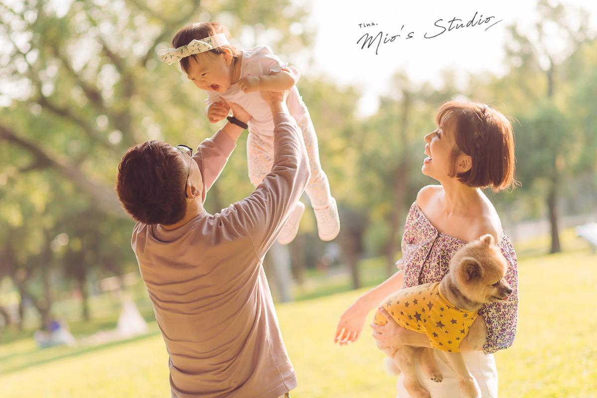 【關於Mila】不想錯過孩子的每一刻!11M滿週歲前的紀錄&1Y1M第一次野餐及學走路 (Mio's Studio/Whisper studio)