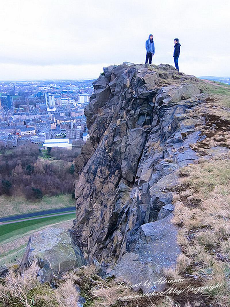 【英國UK ♥ 蘇格蘭愛丁堡】Day26 登上亞瑟王寶座 Arthur's seat 熱血看日出 → 台北