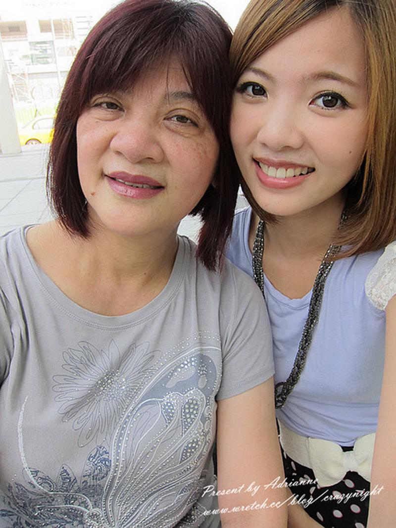 【倩兒說】兩位親愛的媽咪 ─ 母親節快樂 ♥