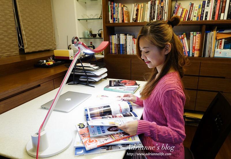 【家電】BenQ WiT Genie螢幕閱讀LED檯燈,創造護眼又舒適的閱讀環境!