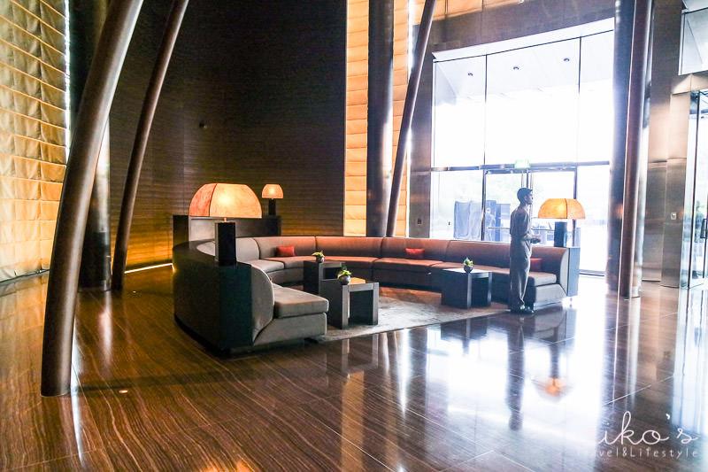 Armani hotel dubai mediterraneo for Neues design hotel dubai