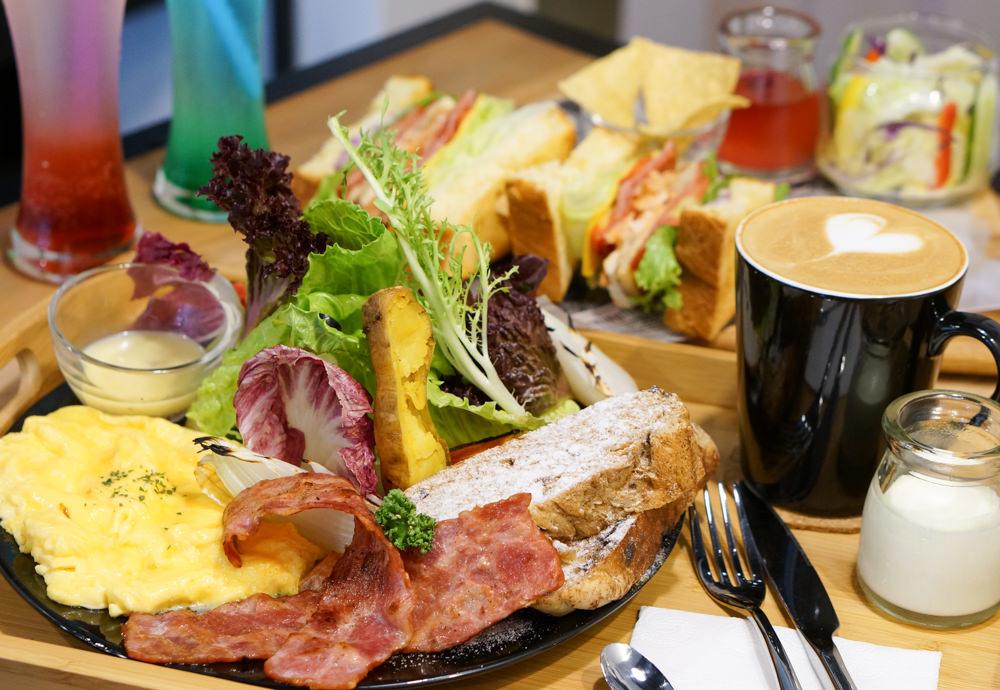 [高雄]大份量澎湃早午餐拼盤!三明治也好正點-一日之初