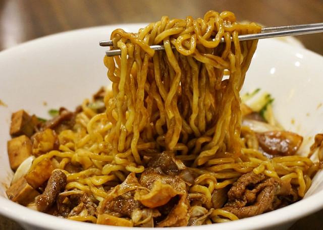 [高雄]平價韓式泡菜豬肉鍋X炸醬麵-韓尚宮韓式美食料理