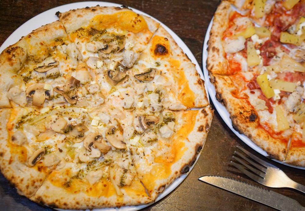 [高雄]Mr. Pizz披司先生手工窯烤披薩-道地拿坡里pizza 現做窯烤好滋味 高雄披薩推薦