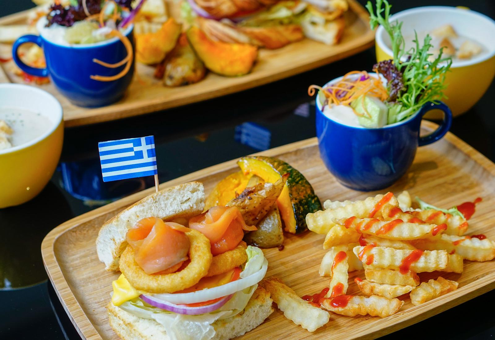 [高雄]世奇文創餐廳-200均一價超澎湃早午餐 氣氛好藝術壁畫餐廳 高雄早午餐推薦