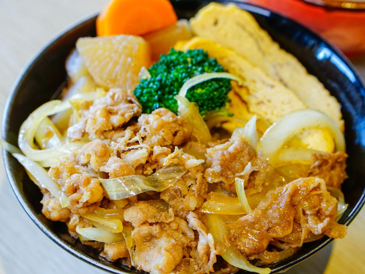 [高雄]築饌日式料理丼飯壽司-百元出頭美味牛肉丼!高檔食材平價收費 鳳山日本料理推薦