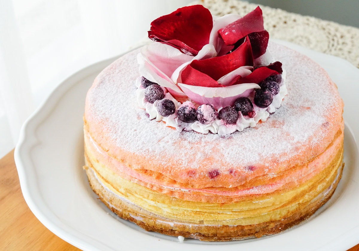 [宅配]女王千層法式手工甜點New one Pâtisserie-超貴氣千層蛋糕! 超華麗玫菓漸層三色千層 高雄千層蛋糕推薦