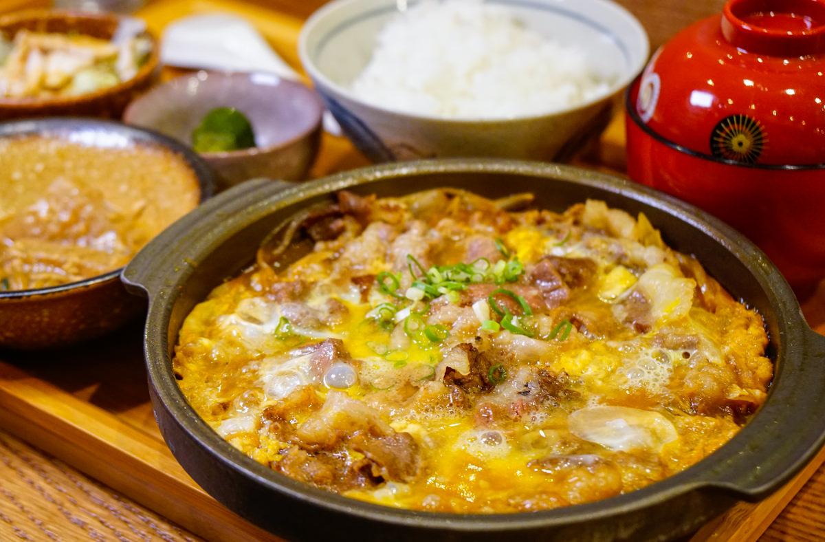 [高雄]夏屋食堂-銷魂的半熟牛肉飯! 好吃的日式定食 高雄日式料理推薦