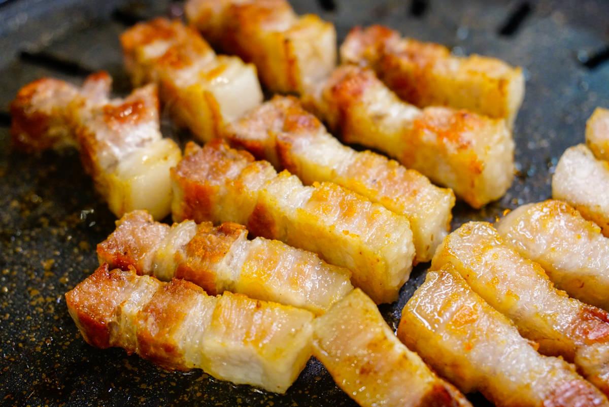 [高雄韓式烤肉]讚呀正宗韓式烤肉-銷魂起司泡麵x超道地韓式烤五花肉