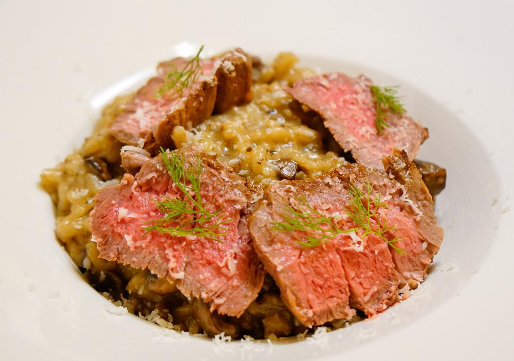 [高雄前金美食]猶大獅廚-型男私廚料理!驚豔蘑菇牛排燉飯