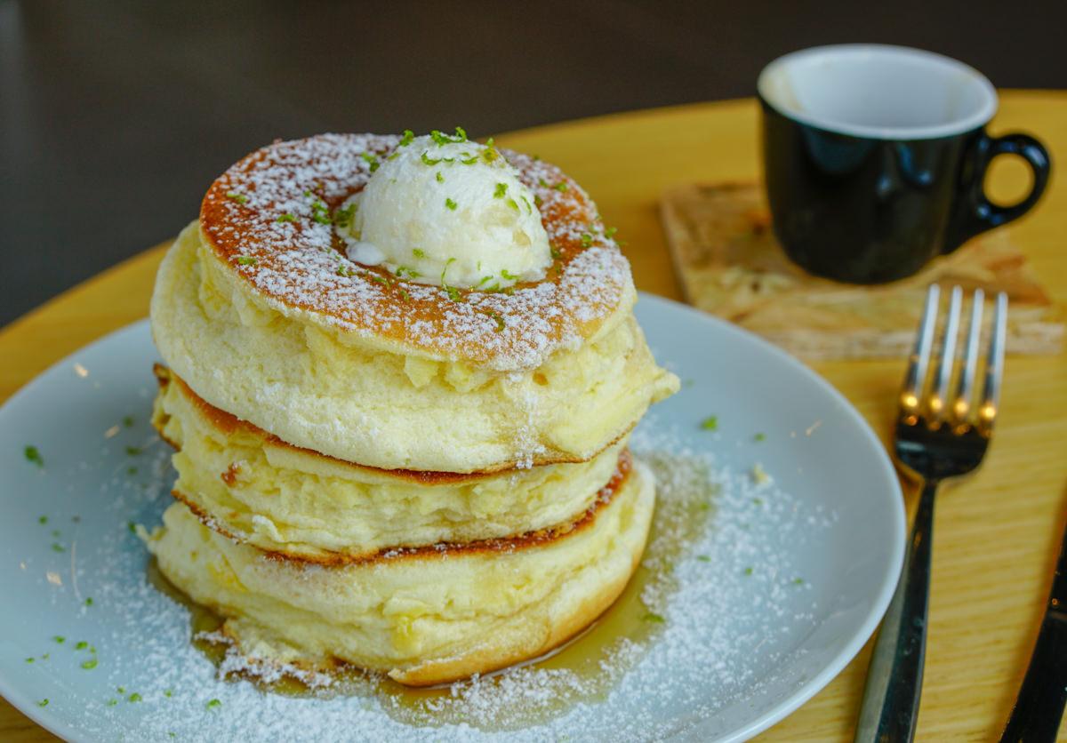 [高雄三多商圈咖啡店]瑞福咖啡-隱藏版好吃舒芙蕾鬆餅!不被打擾的咖啡秘境