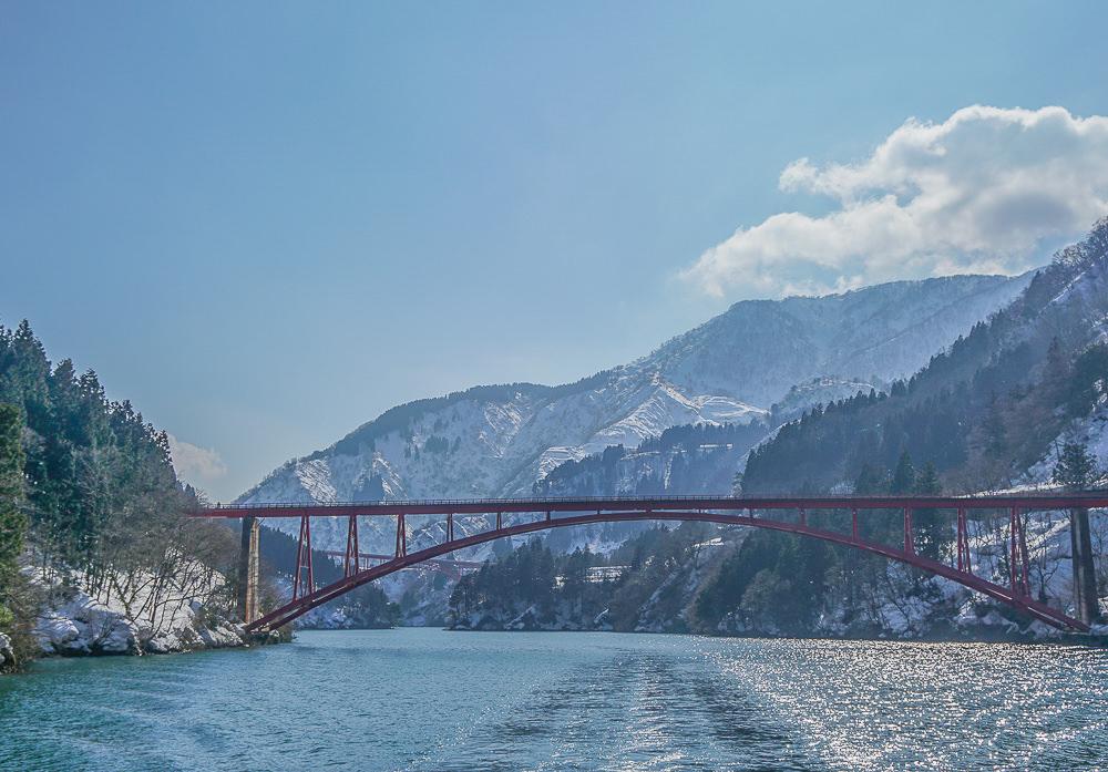 [北陸富山旅遊]礪波庄川峽遊覽船–越中五箇山賞峽灣長崎橋