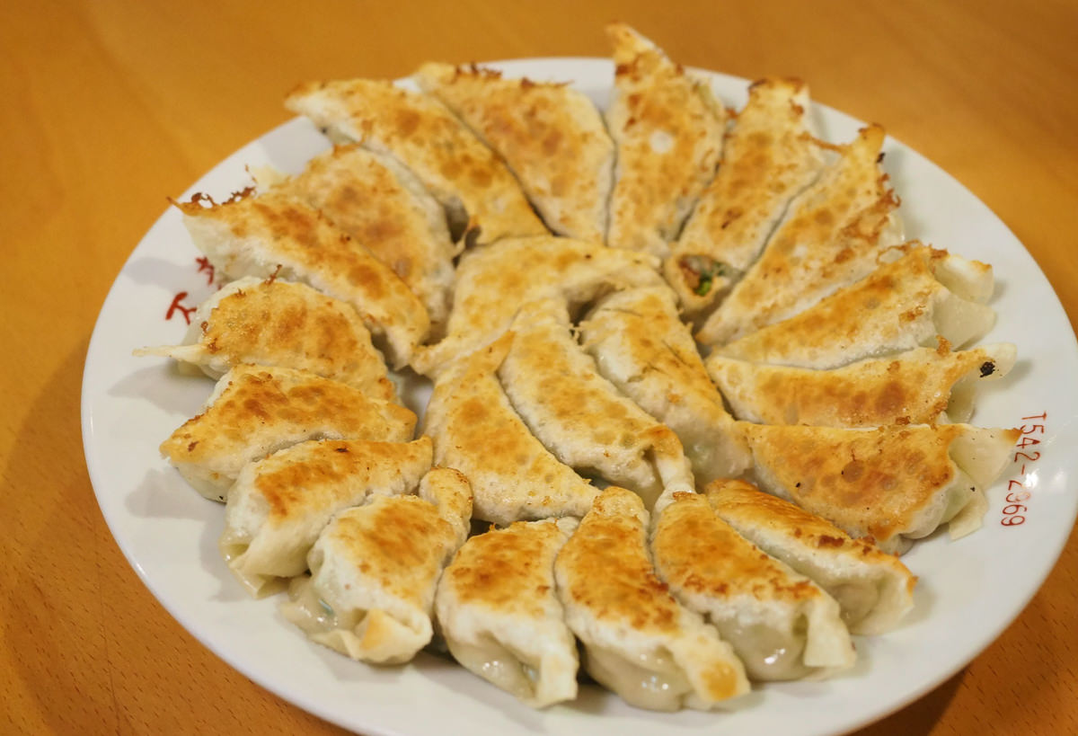 [福島美食推薦]麵飯酒家萬來-福島必吃圓盤餃子!飯坂溫泉區中華風小店