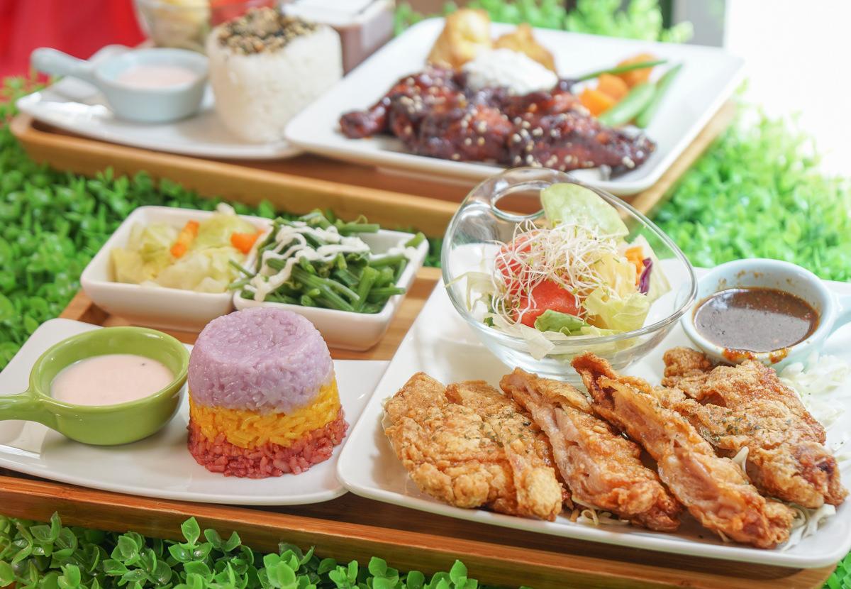 [高雄早午餐推薦]七二食事-好看又好吃~椒麻雞三色飯!超特別泰式口味早午餐