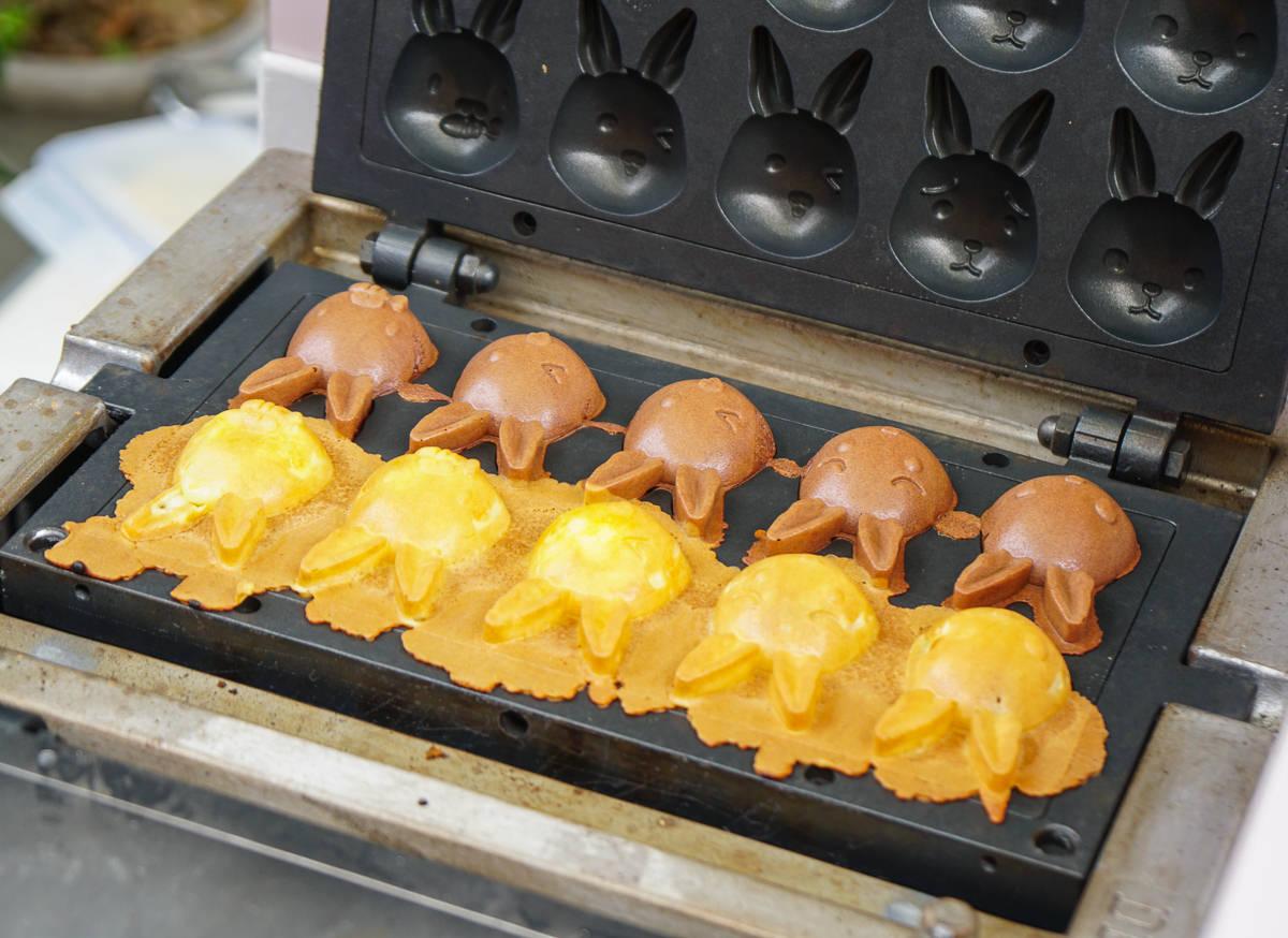 [高雄雞蛋糕推薦]小任性雞蛋糕-呆萌兔子造型包餡雞蛋糕x浪漫粉色攤車