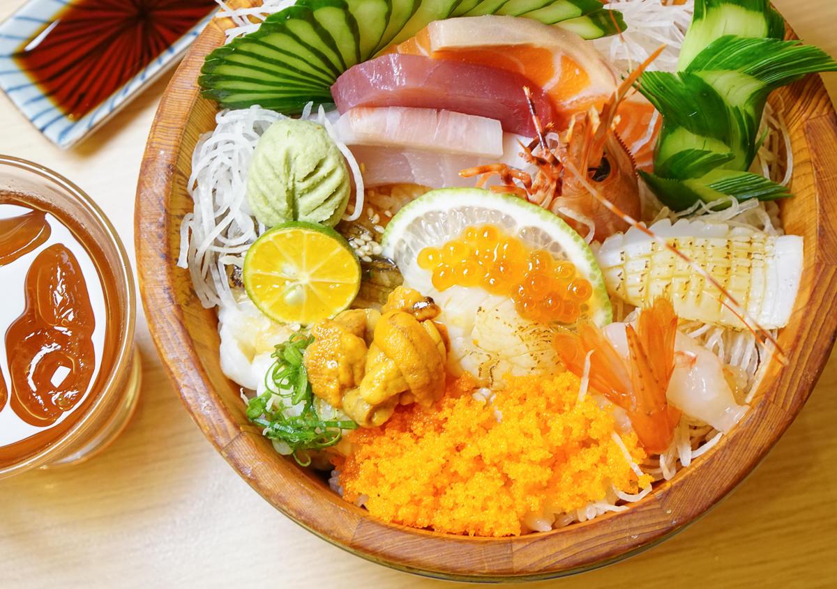 [高雄]佐渡森丼飯、壽司-高C/P值日式料理~必吃木桶海鮮丼x冬季限定石狩鍋