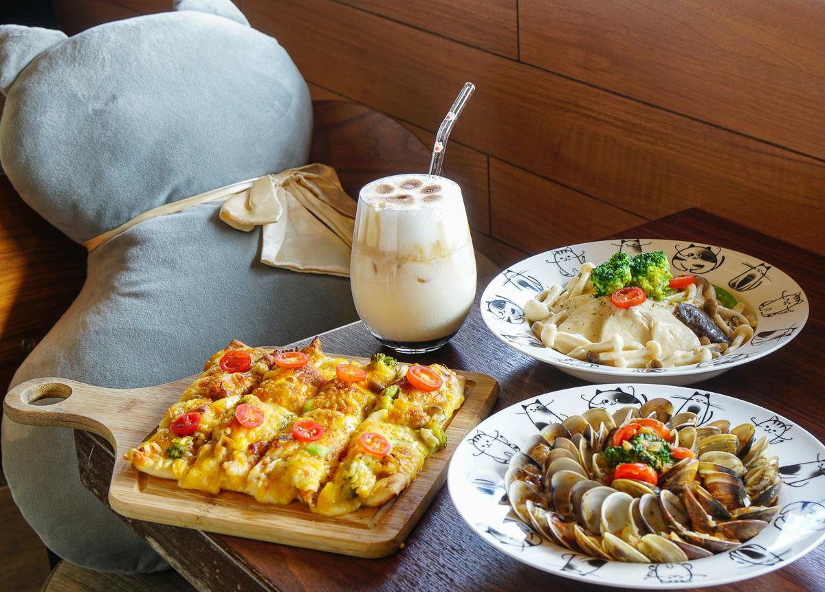 [高雄前鎮美食]初覓手作餐坊-蛤蜊滿載超鮮美蛤蜊燉飯~特色貓主題餐廳