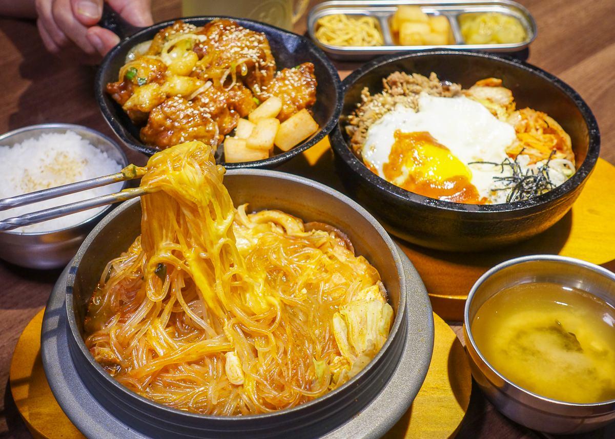 [高雄]韓石食堂(林森店)-超平價韓式料理!百元初享韓式豆腐鍋石鍋拌飯套餐