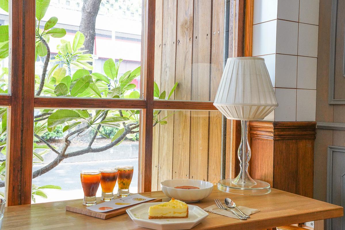 [左營美食推薦]馤咖啡-綠影相伴迷人咖啡香~高鐵左營站旁質感咖啡店