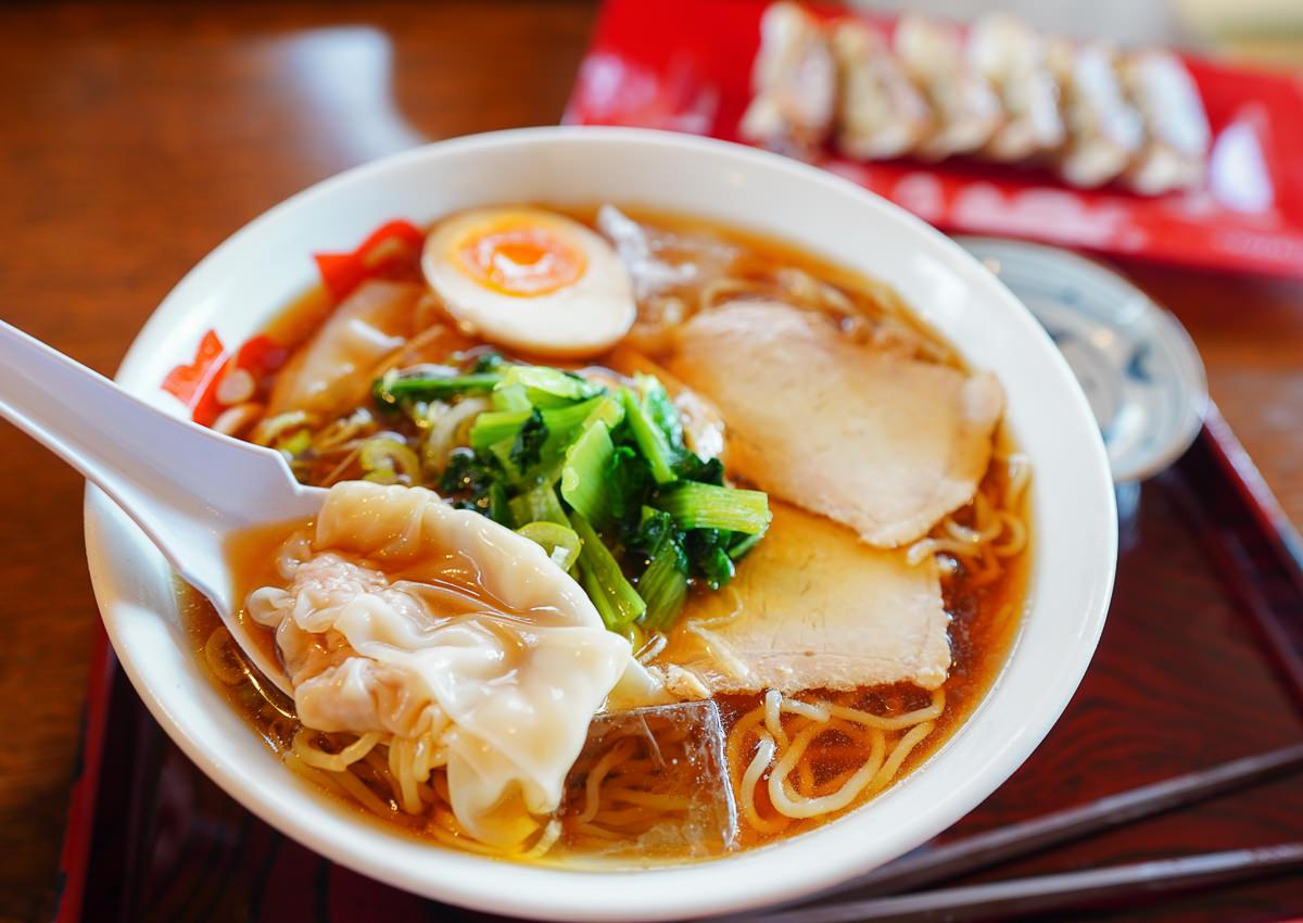 [山形美食]酒田拉麵滿月-清爽雞湯醬油拉麵搭配中華餛飩!超特別夏季限定冷拉麵~