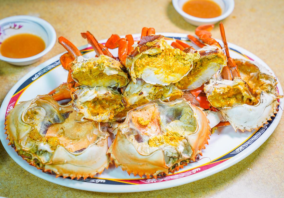 [高雄前金美食]菜包李小吃部-沒賣菜包賣海鮮!內行人才知道的高雄最好吃海鮮