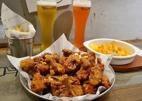 [高雄]酸甜炸雞X啤酒的墮落享受-八九啤酒炸雞팔구비어치킨