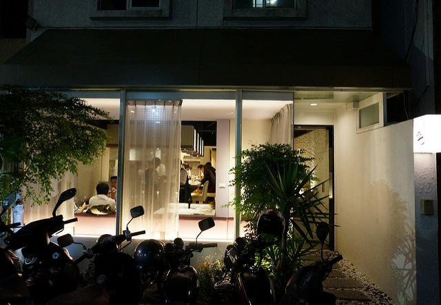 [高雄]隱藏巷弄嚴選食材質感店-居酒屋二七