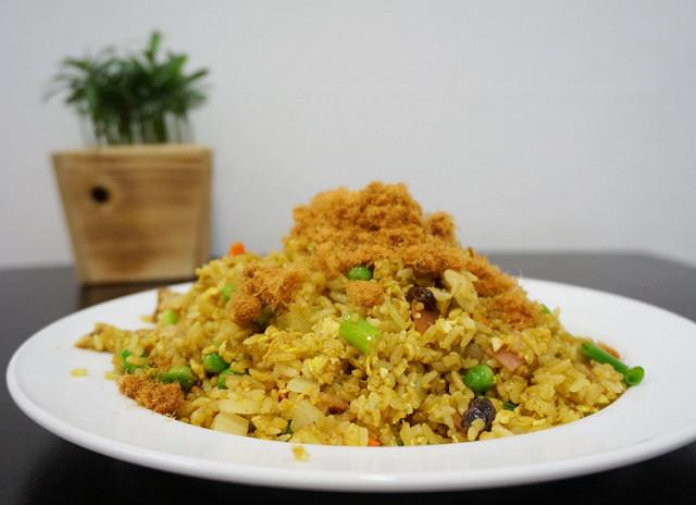 [高雄]隱居的美味黃金炒飯-隱居食堂