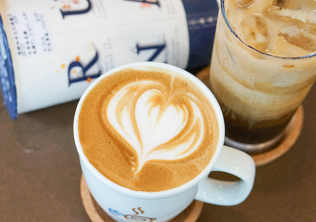 [高雄]質感咖啡帶著走!平價外帶咖啡連鎖-嚕娜咖啡RUNA CAFE's