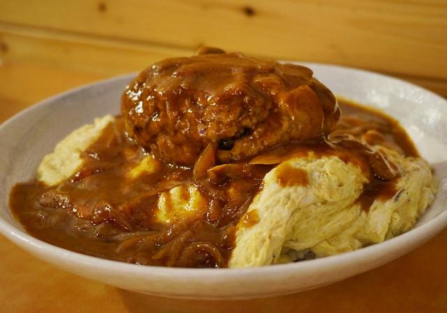 [高雄]爽吃大份量日式漢堡排蛋包飯!森本日式和風洋食堂