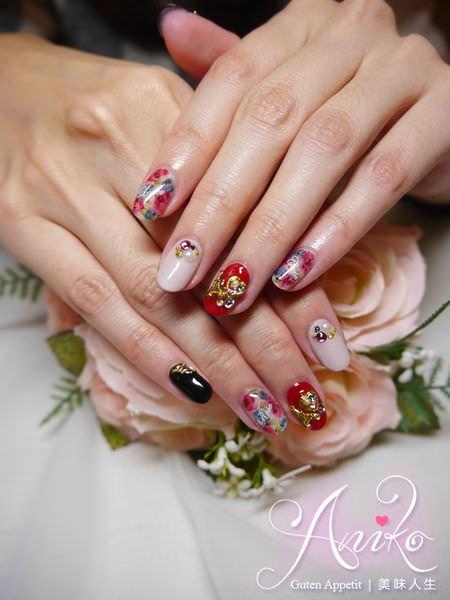 【美甲】潔月兒藝術美甲❤ 新年喜氣美甲!超強手繪花卉