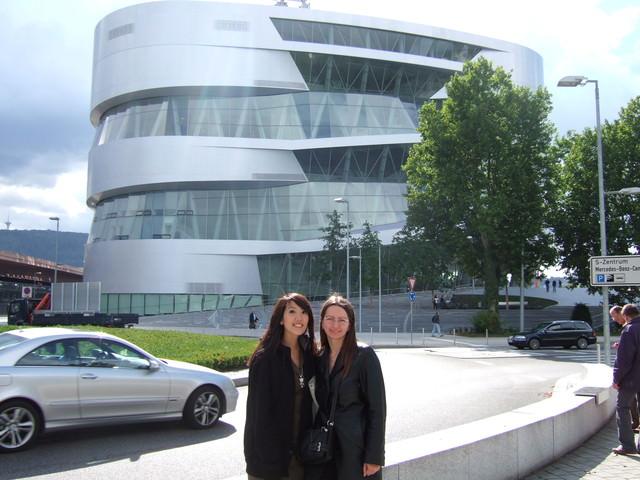 <德國>第24天。Stuttgart超氣派的Mercedes Museum