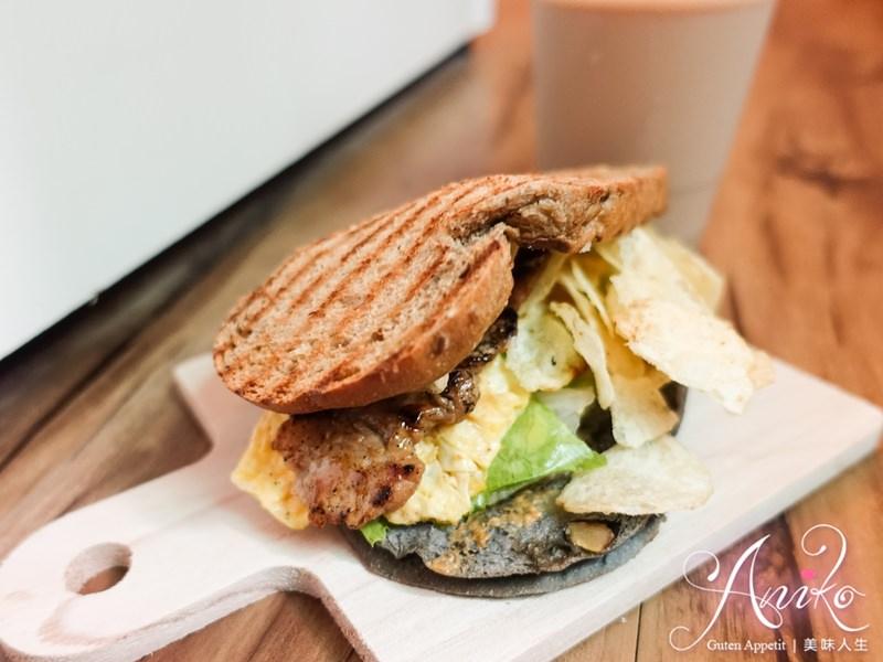 【台北美食】土司吐司。台大學生激推的高CP值早餐!超浮誇爆料吐司