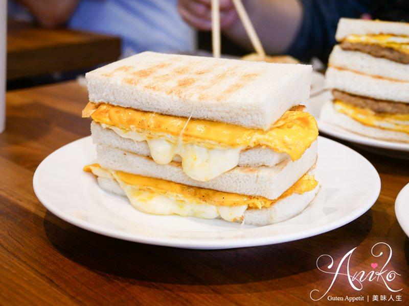 【台北美食】真芳碳烤吐司。行天宮美食!超人氣古早味碳烤吐司、粉漿蛋餅