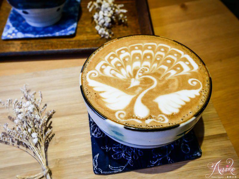 【台中美食】Yasumi cafe。文青控必來!日式小清新~世界拉花冠軍開的咖啡廳