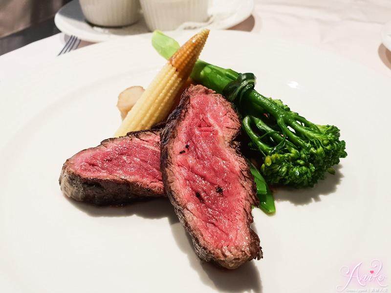 【台北美食】雅室牛排。雅緻溫馨約會系餐廳~經典必吃老饕牛排
