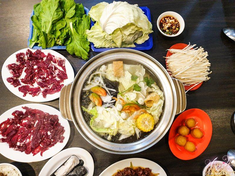 【台南美食】三大牛肉火鍋。台南必吃溫體牛肉鍋!獨特紫菜蝦米湯底~搭配新奇黑飯
