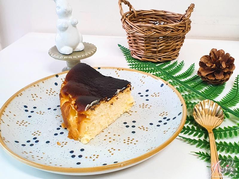 【食譜】巴斯克乳酪蛋糕。甜點初學者第一次就上手!零失敗率成就感爆棚的美味起司蛋糕