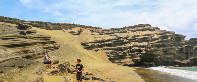 夏威夷 大島 。神奇 Papakolea 抹茶綠沙灘