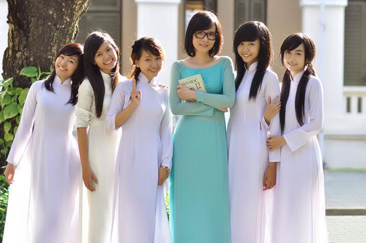 峴港 會安 。越南國服 : 奧黛 訂製體驗