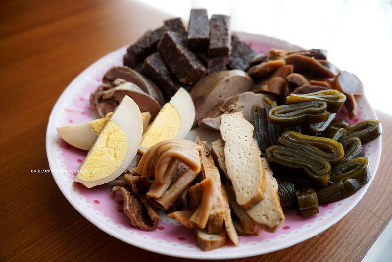 【新竹伴手禮】美乃斯西點麵包 – 柯P柯文哲愛吃的波蘿麵包.滷味入味好吃